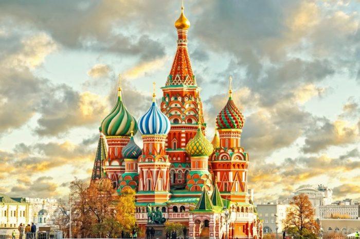 8 Ήμερη Αεροπορική Εκδρομή Μόσχα – Αγια Πετρούπολη