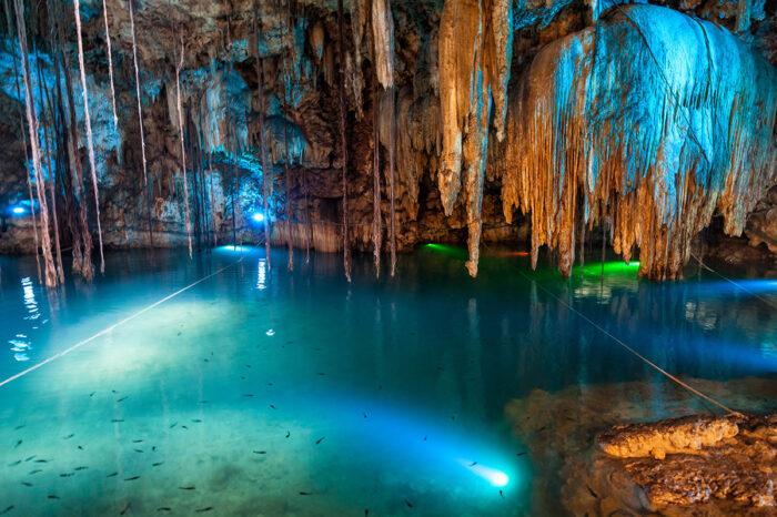 Μαγικό 2ήμερο Μονεμβασιά Μυστράς Μέσα Μάνη  Γύθειο Σπήλαια Δυρού