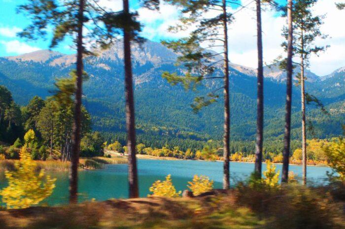 Μονοήμερη εκδρομή Λίμνη Δόξα – Στυμφαλία – Φενεός Γκούρα
